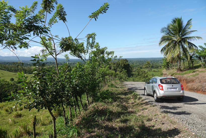route naar guatuso via grindweg
