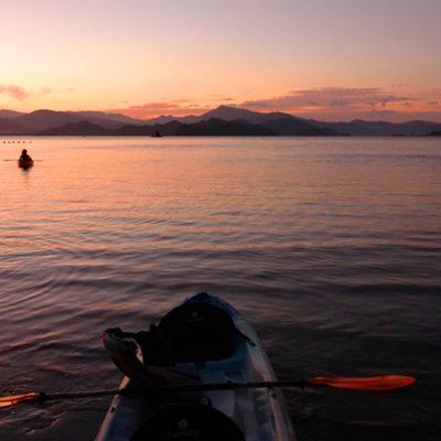 Kayak in Paquera en de ferry naar Puntarenas