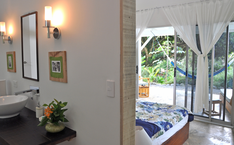 Tree of Life Cabinas in Dominical