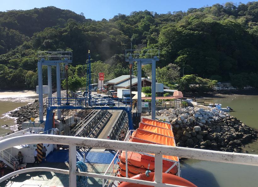 vertrek in Paquera met de ferry naar Puntarenas