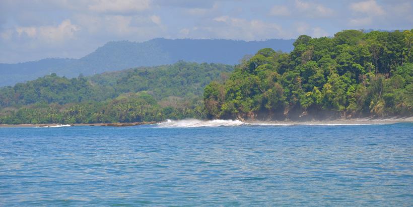 golven strand van Pinuela