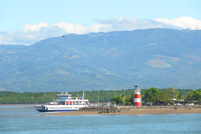 aankomst met ferry in Puntarenas