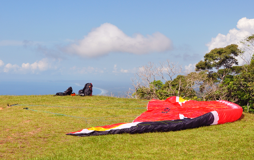 paragliding in Dominical