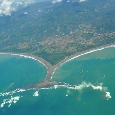 Uvita: watervallen en de walvisstaart
