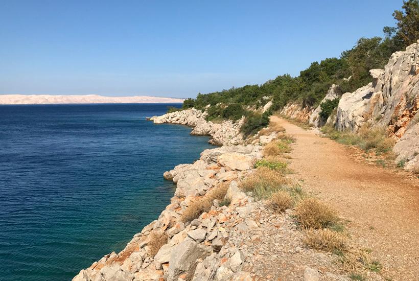 wandelpad langs adriatische kust
