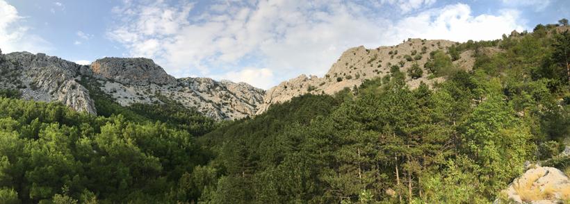 natuur in Paklenica aan de Adriatische kust