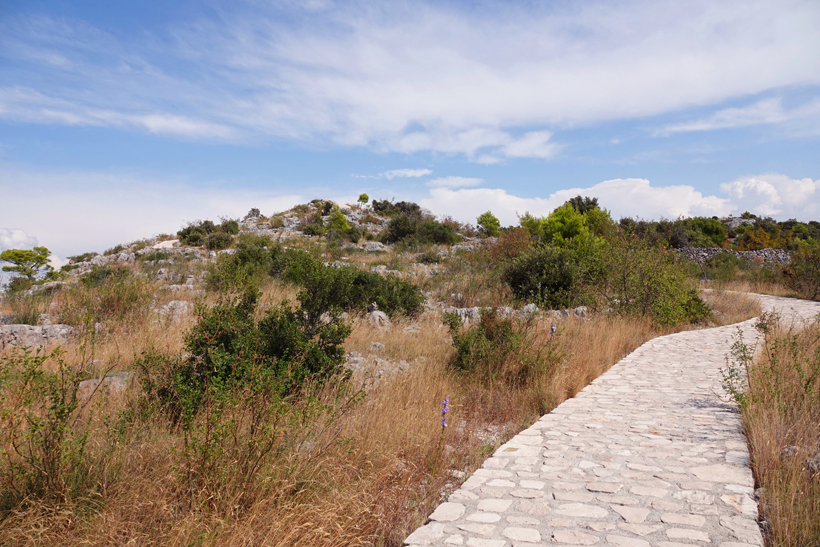 pad naar viewpoint scenic walk Sibenic