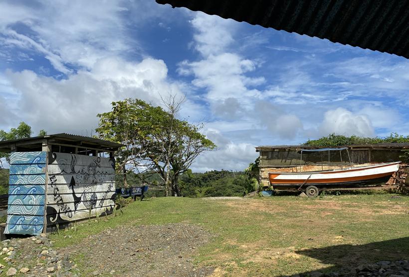 Ontvangstruimte en outdoor shower Pachamama