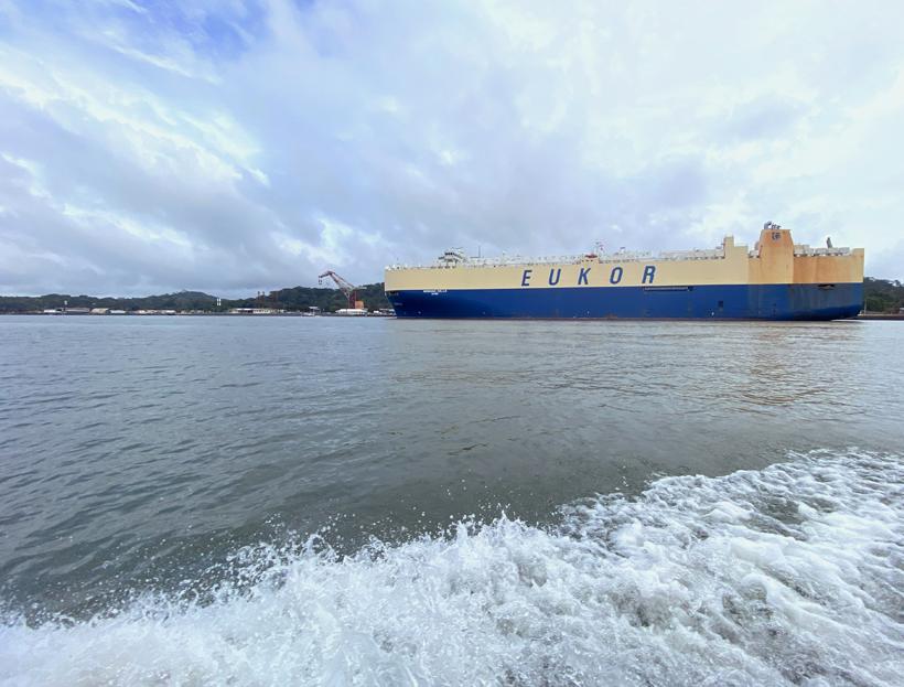 containerschip panamakanaal