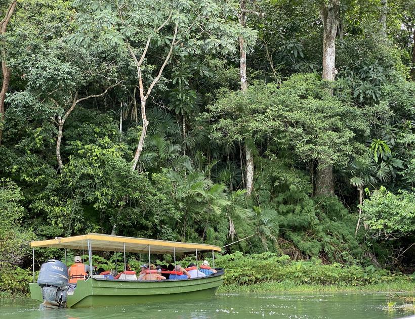 monkey island in het panamakanaal