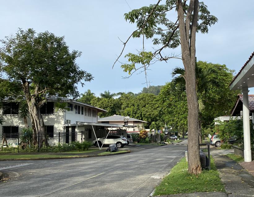 logeren in rustige wijk in panama city