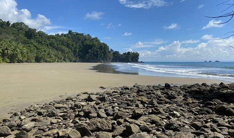 einde wandelpad cusinga lodge naar playa arco