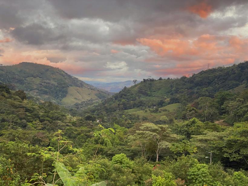 logeren in groene heuvels in la Trinidad