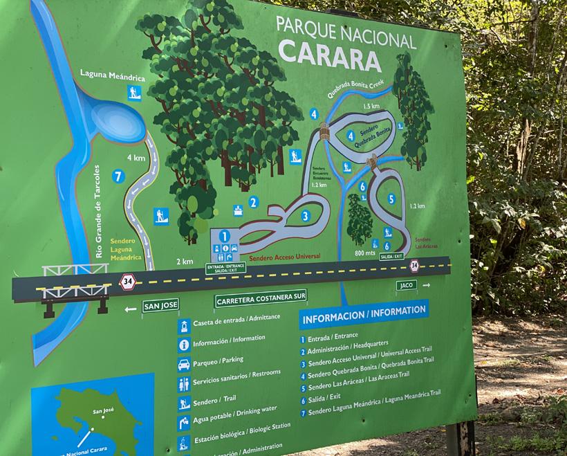 kaart met trails in Carara Nationaal Park