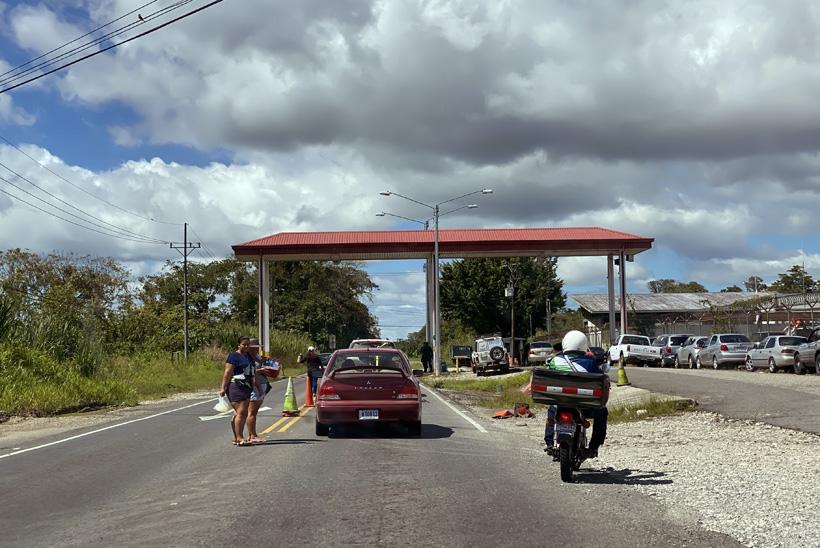 douanepost voorbij Rio Claro