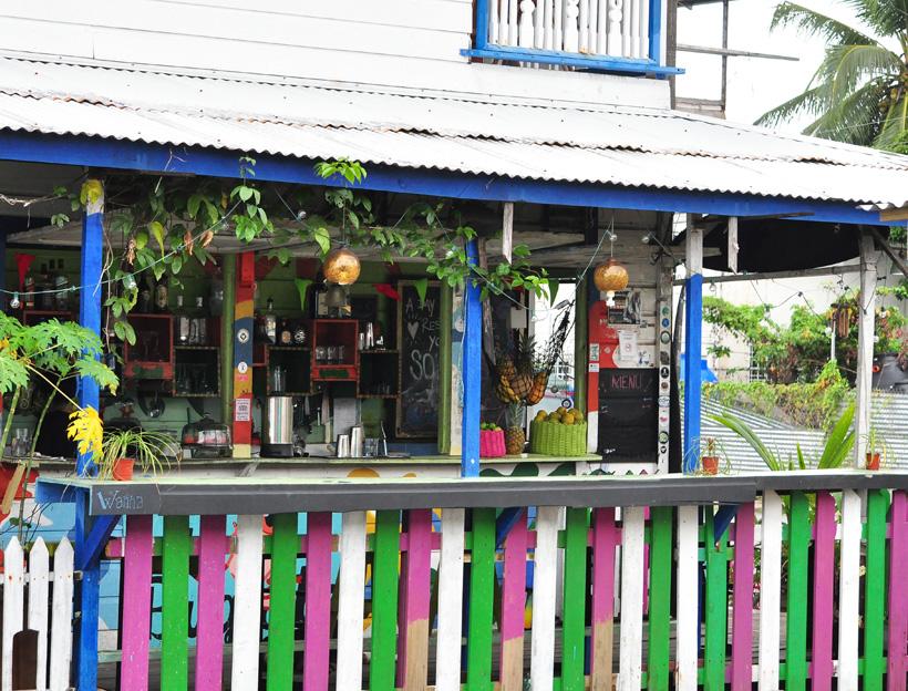 kleurrijk bocas town