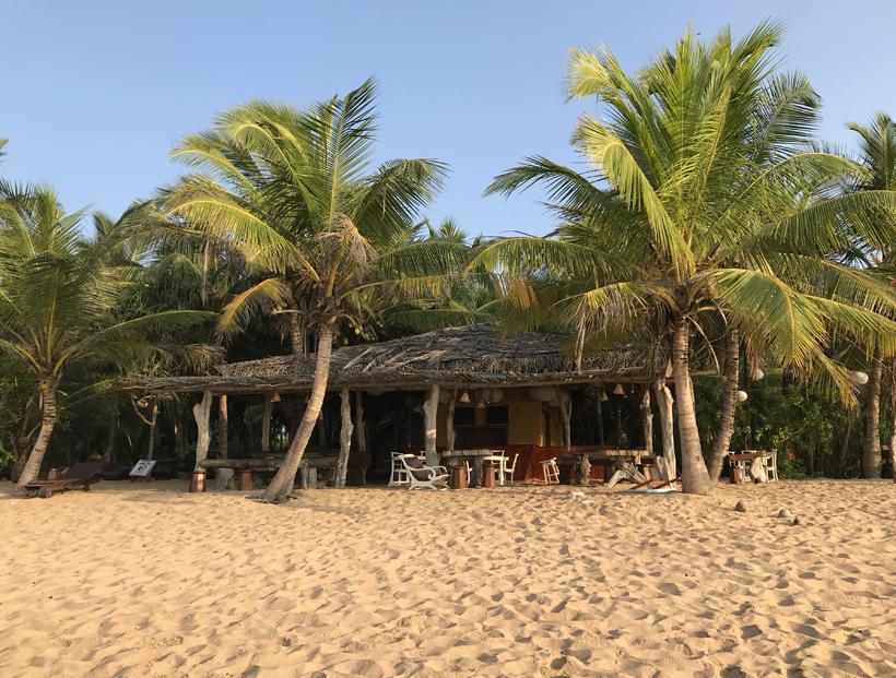 beach bar Tangalle strand