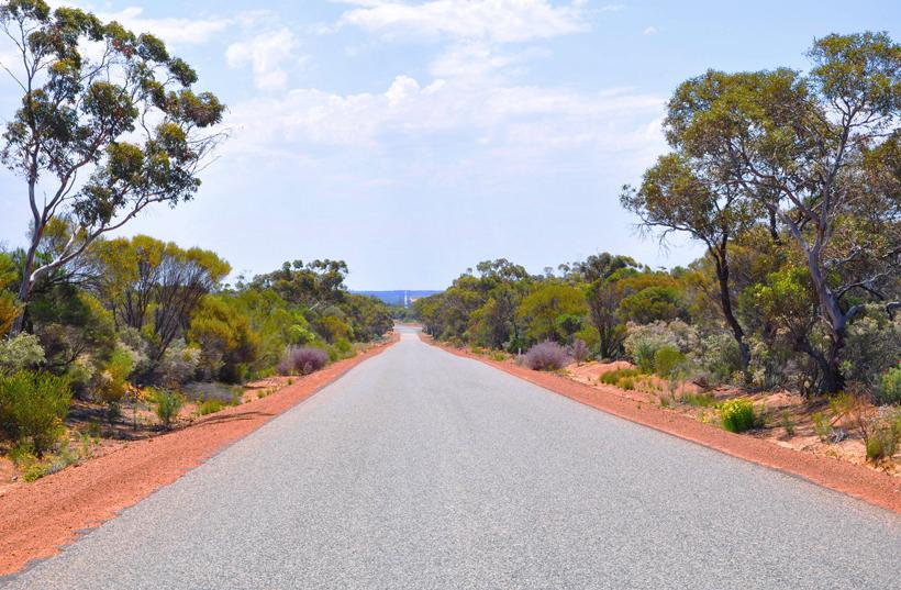 van Wave rock naar de golden outback in western australia