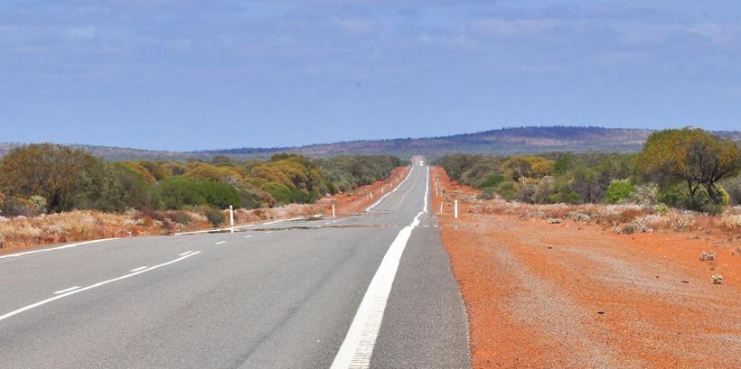 lange weg door golden outback