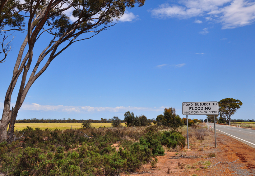 overstromingsweg in western australia
