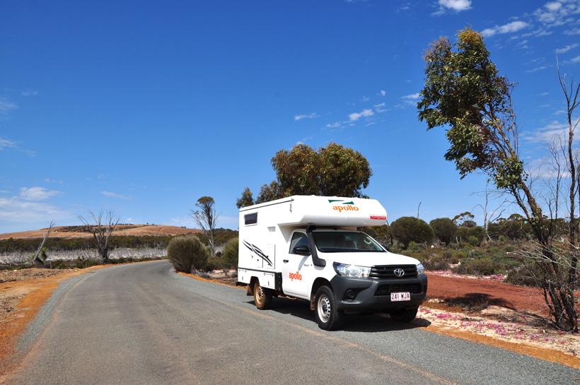 van perth naar wave rock in western australia