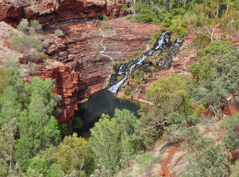 waterval in karijini nationaal park