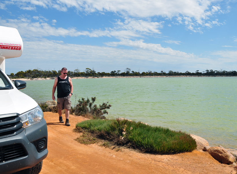 magic lake in western australia