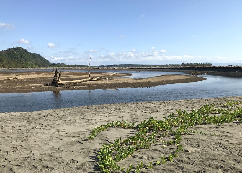 Rio Balso Ojochal strand