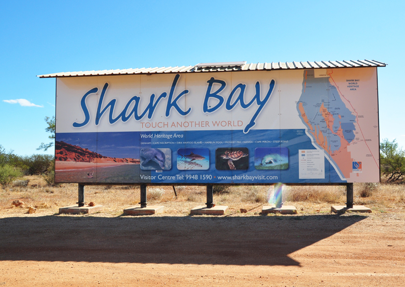 wegbord shark bay