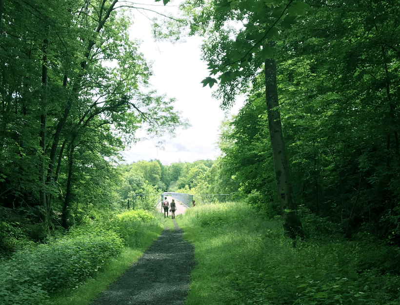 wandelen op de viaduct van Herbeumont