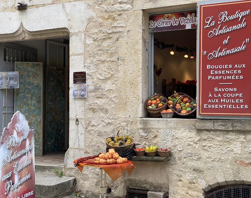 winkeltje oud huis Vezelay