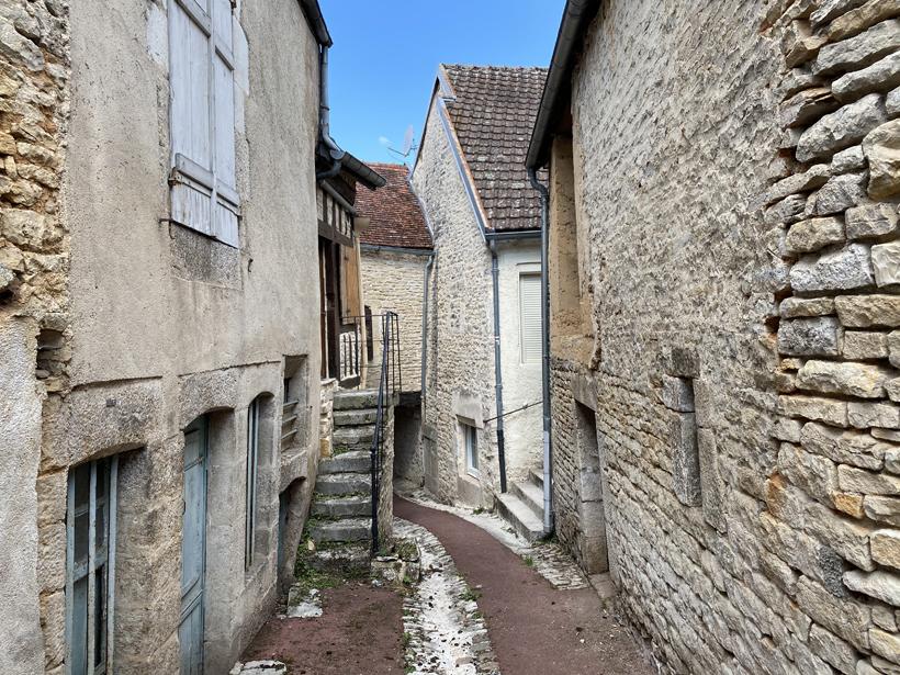 middeleeuwse steegjes chatillon sur semois bourgogne