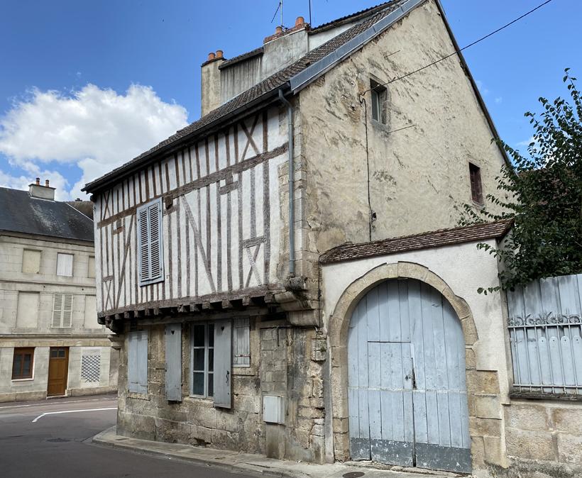 vakmanshuizen chatillon-sur-semois