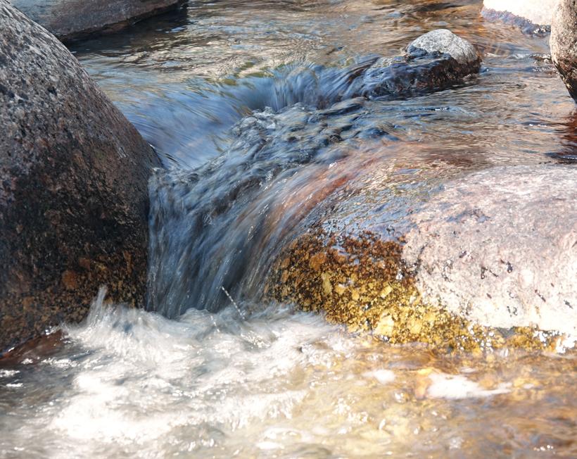 rivier thines aan pont du goumier