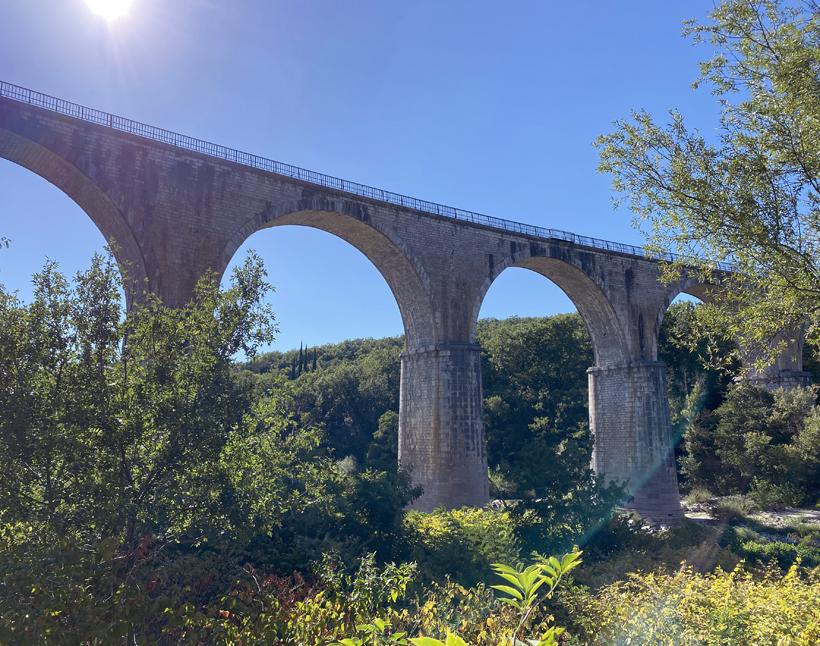 brug bij vogue in Ardèche