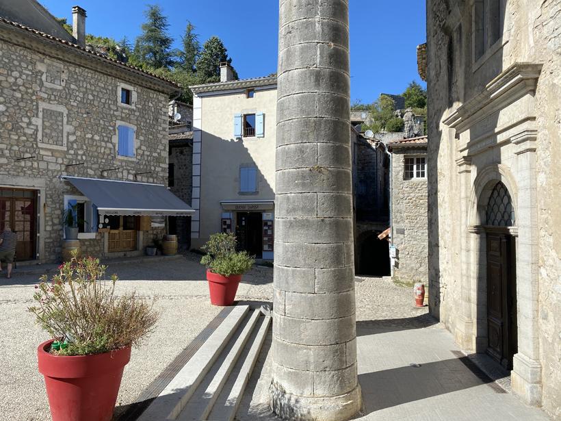 dorpsplein labeaume