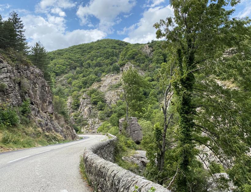 bergweg noorden Ardèche