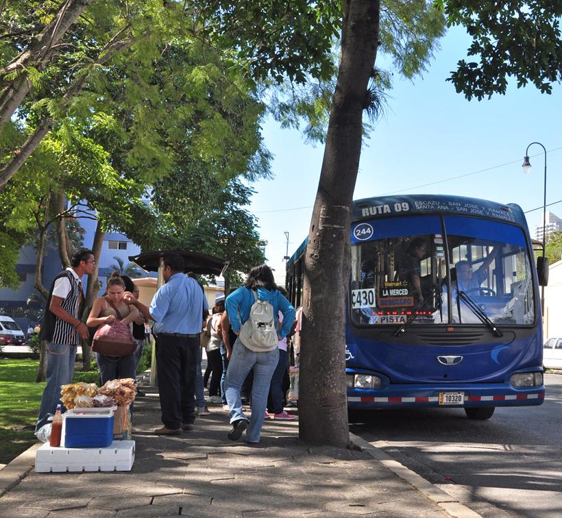 bushalte San José naar Erazu