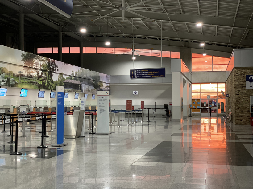 Avond in Liberia Airport Costa Rica