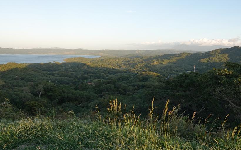 Uitzicht op Nicaragua vanuit El Mirador ISMA in El Jobo