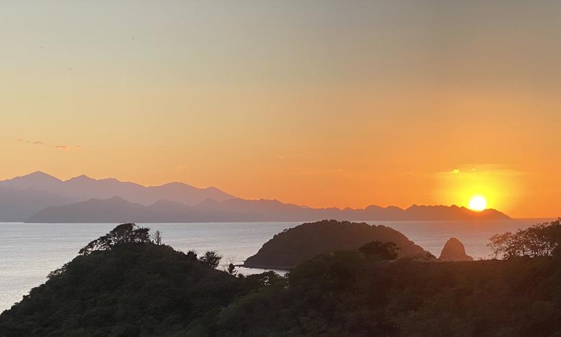 sunset baai santa elena ISMA mirador