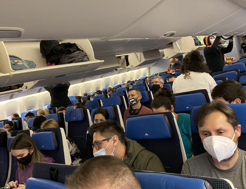 volle vlucht naar Costa Rica tijdens covid-19