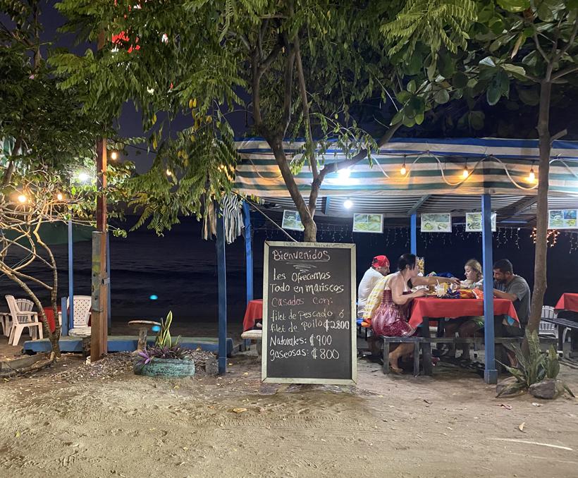 avond strandrestaurant Brasilito