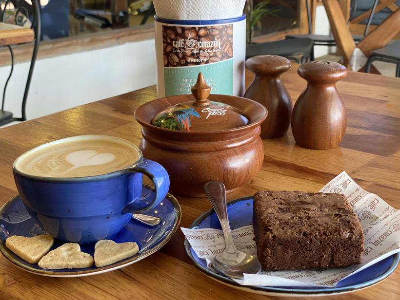 coffeebar Plays del Coco