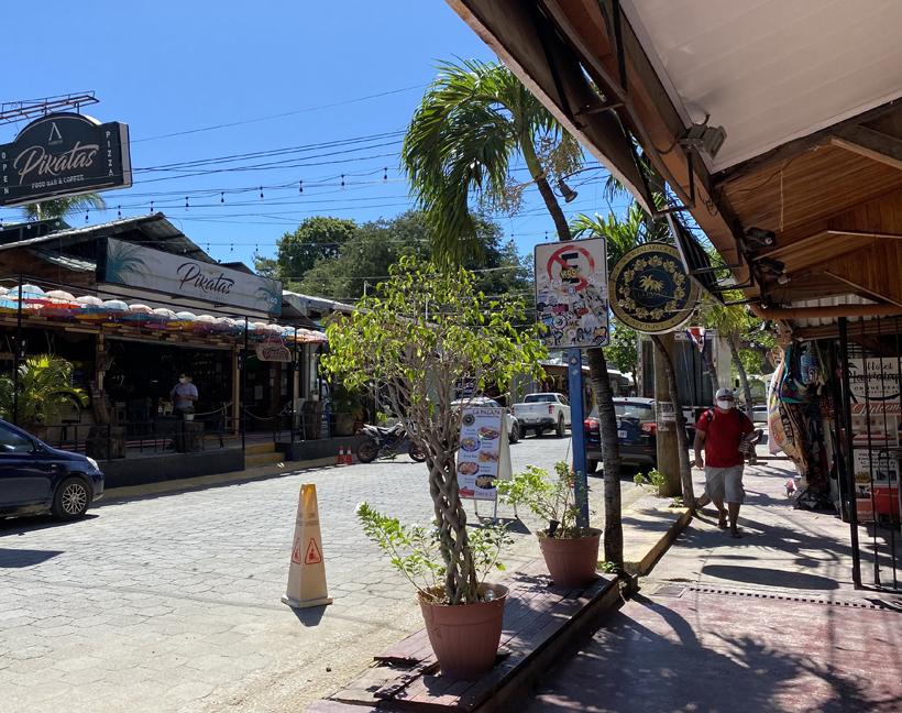 winkelstraat Tamarindo