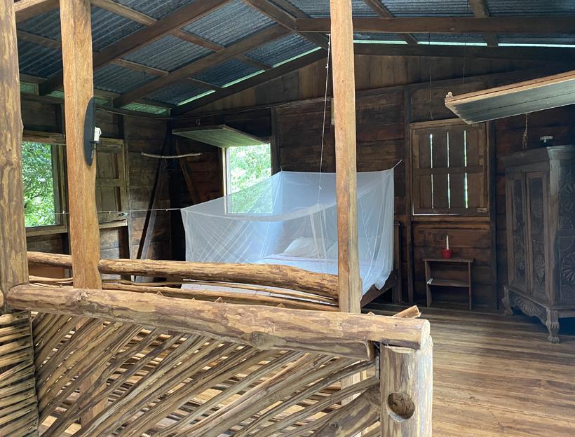slaapkamer off the grid cottage Dos Rios