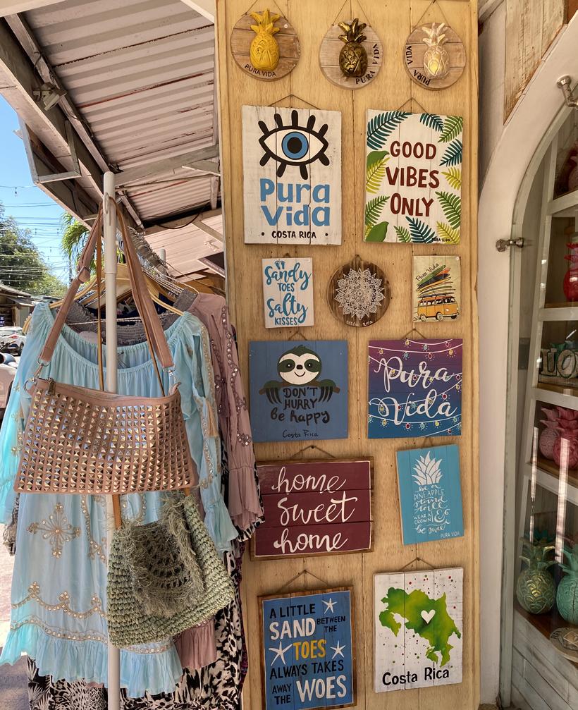Tamarindo souvenirs
