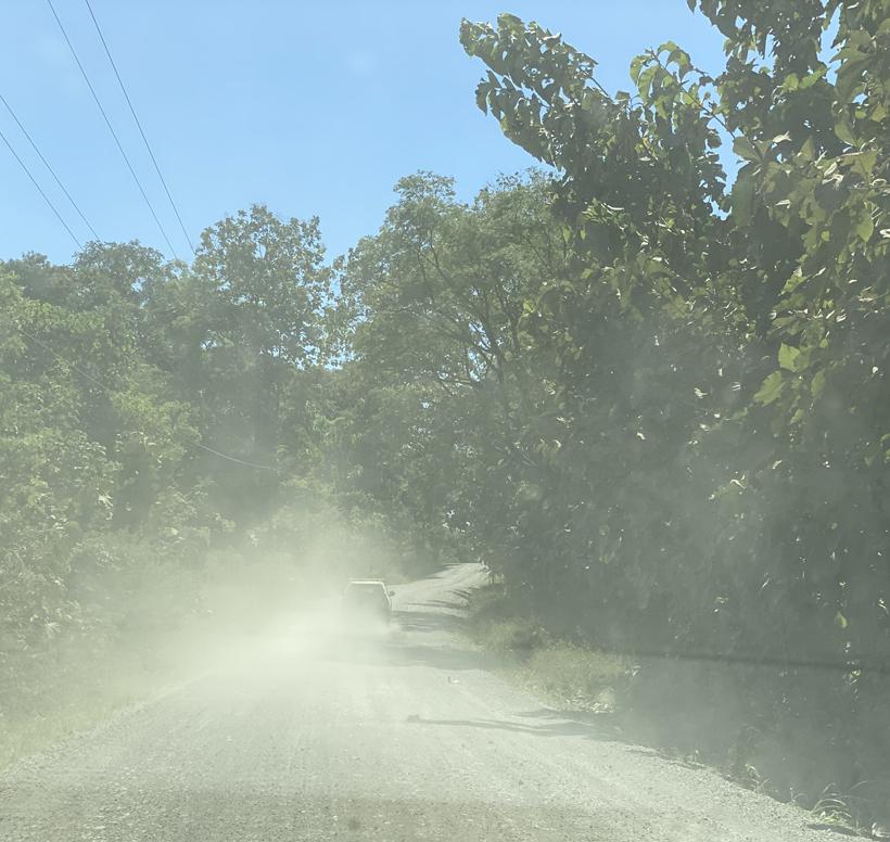 stoffige grindweg Guanacaste