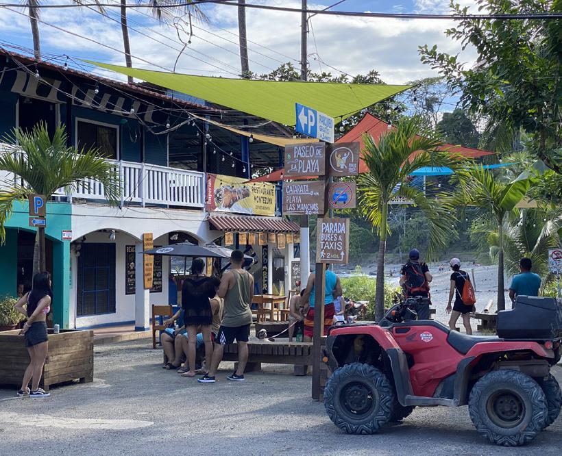 dorpsstrand Montezuma