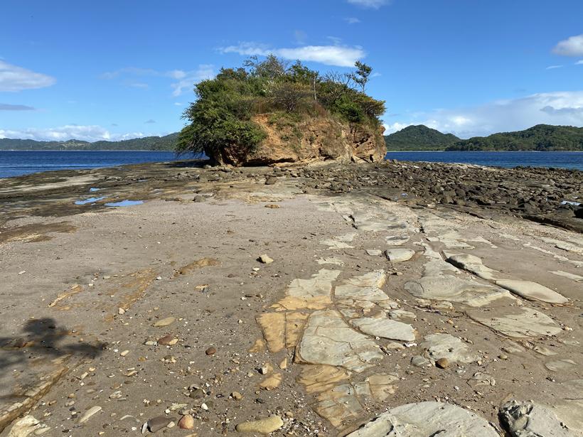 rotseilandje Junquillal rocky zone